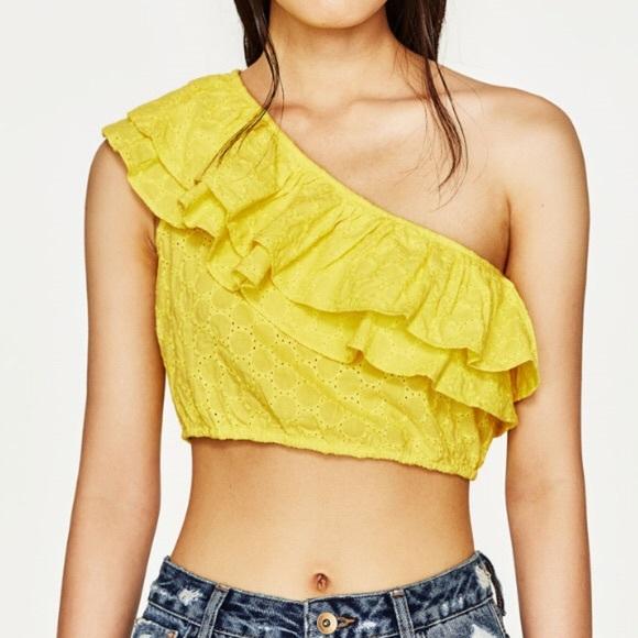 3be20600eb5a2 Zara Trafaluc One Shoulder Yellow Crop Top
